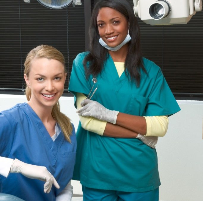 Dental Assistant Jobs – Career Option?